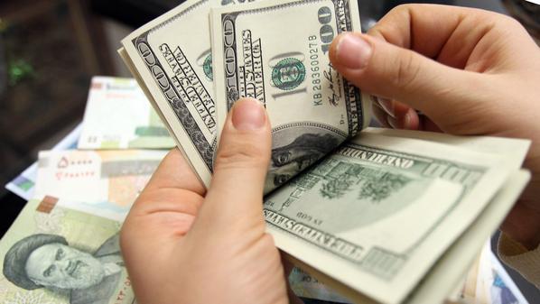 الدولار يسجل أعلى سعر في 4 أشهر بعد بيانات أمريكية قوية
