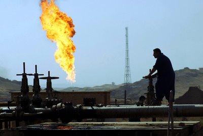 أسعار النفط تصل إلى أدنى مستوى لها خلال الأعوام 11 الماضية