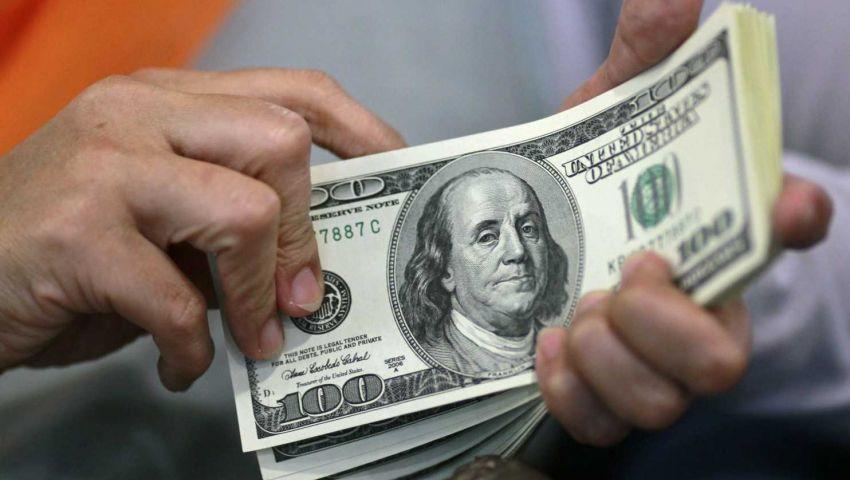 الدولار يقفز لأعلى مستوياته في 14 عاماً أمام العملات الرئيسية