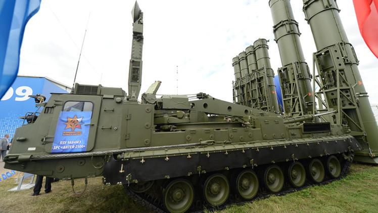 """روسيا تعلن قرب تسليم إيران صواريخ """"إس 300"""""""