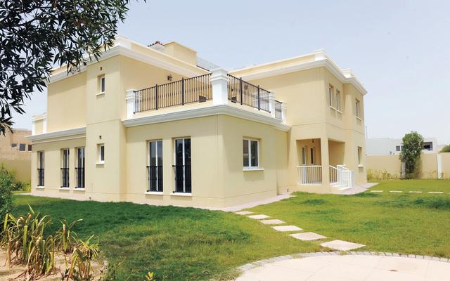 تسليم 663 مواطنا مساكن جديدة في أبوظبي