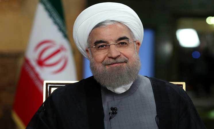 روحاني يحذر من انهيار نظام الحكم في إيران