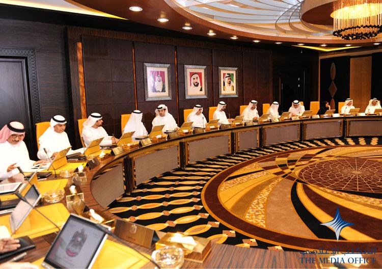"""""""صنع بفخر في دولة الإمارات"""" العلامة الموحدة للصناعات الوطنية في الدولة"""