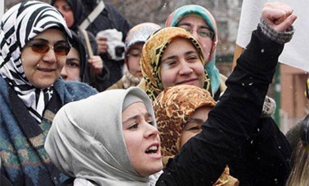 السماح للشرطيات في تركيا بارتداء الحجاب