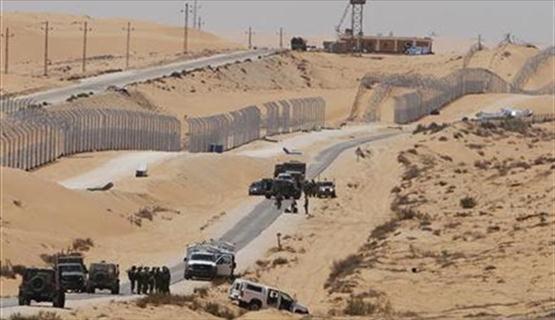 هآرتس: السيسي ينفذ مخططا إسرائيليا بعزل غزة