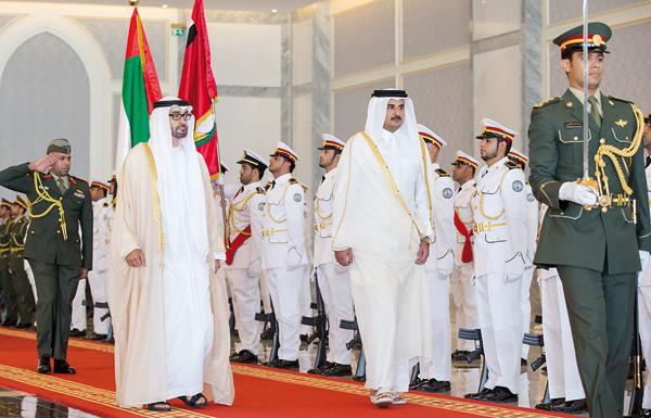 اتهامات متبادلة بين أبوظبي والدوحة في مخطط اغتيال ملك السعودية