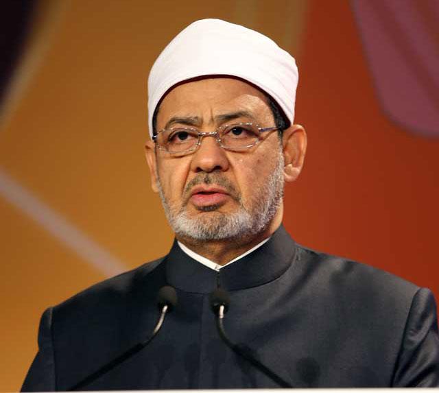 """شيخ الأزهر """"الشخصية الإسلامية"""" لهذا العام في جائزة دبي للقرآن الكريم"""