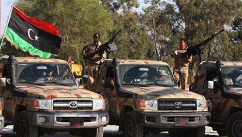 """""""فجر ليبيا"""" تعلن سيطرتها على معسكر غرب طرابلس"""