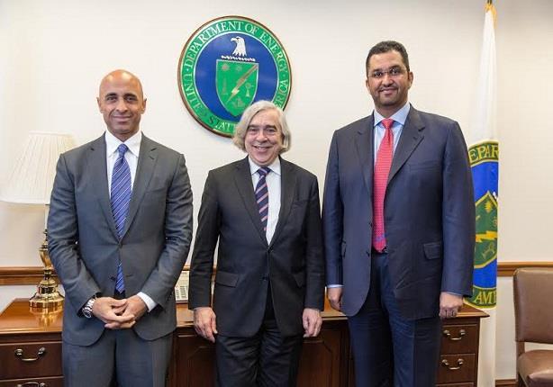 الإمارات في مهمة الترويج لمؤتمر مصر الاقتصادي بواشنطن