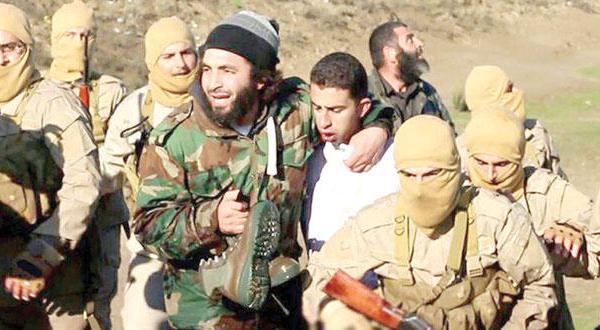 صحيفة إسبانية: القتل الوحشي للكساسبة جعل الإمارات تعلق هجماتها ضد داعش