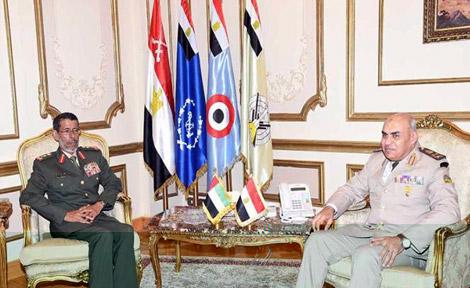 رئيس أركان القوات المسلحة يلتقي وزير الدفاع المصري