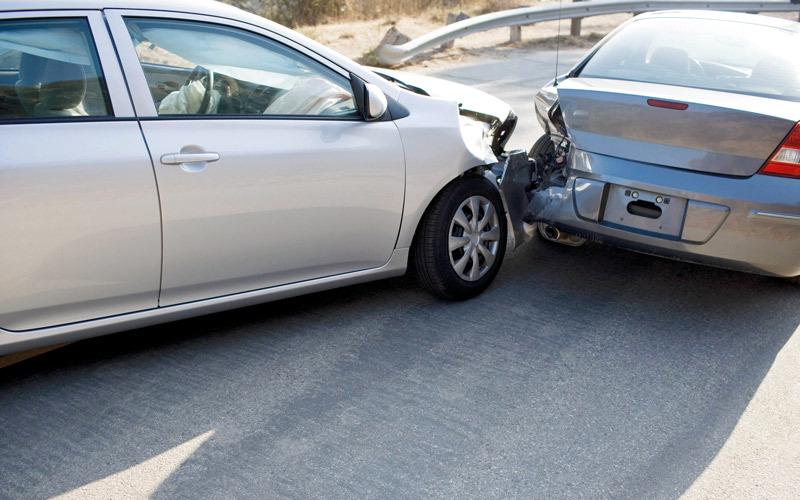 """ما دور """"هيئة التأمين"""" في رفع أسعار تأمين السيارات في الدولة؟"""