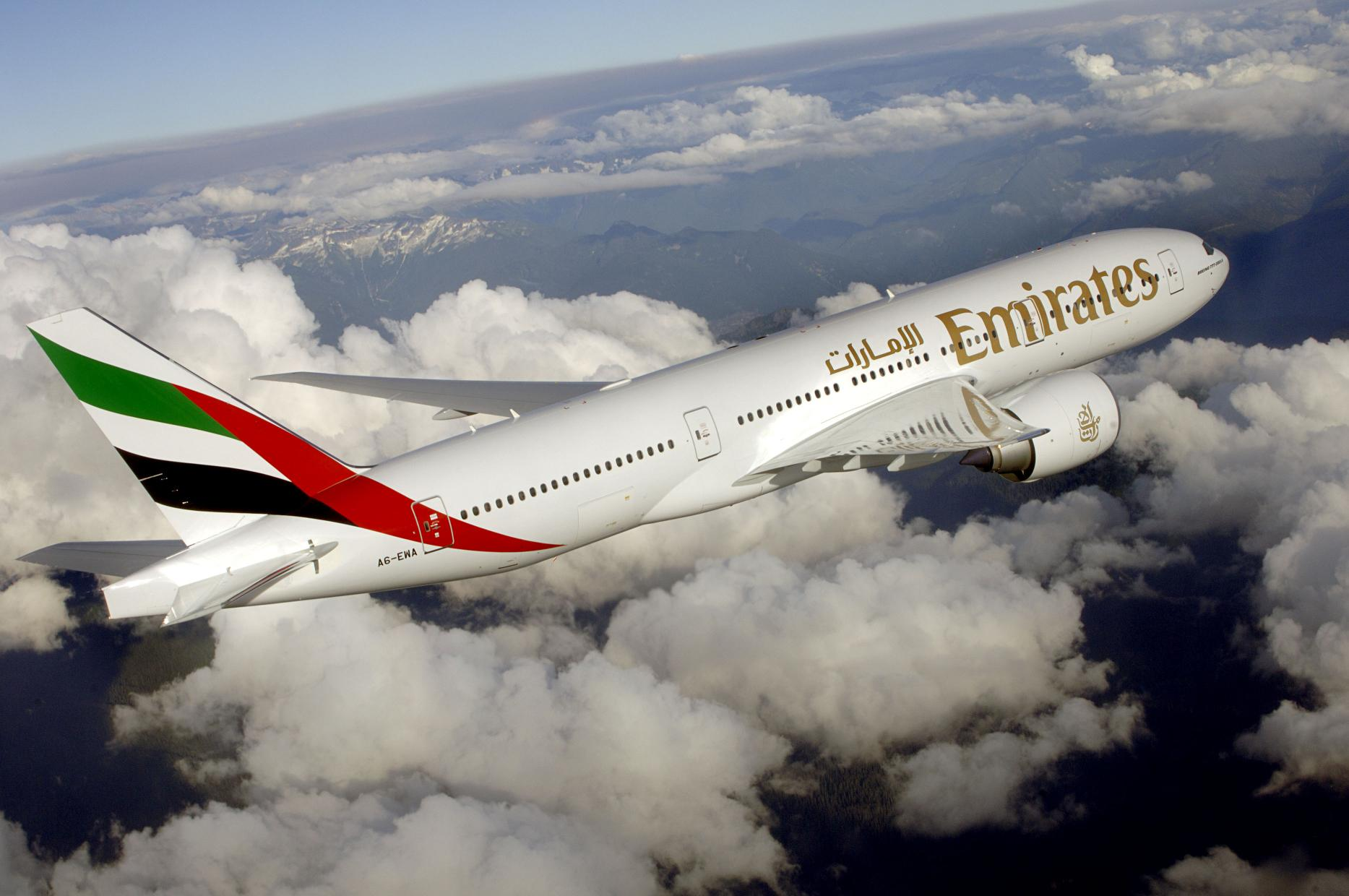 طيران الإمارات تنضم للاتحاد والقطرية في حل لحظر الأجهزة الإلكترونية