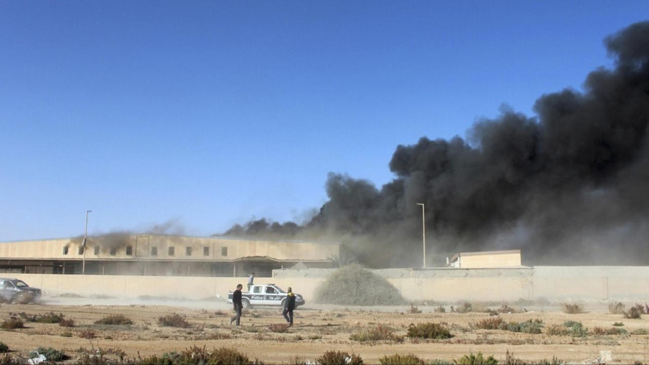 3 قتلى بتفجير سيارة مفخخة استهدفت مليشيا حفتر في سرت