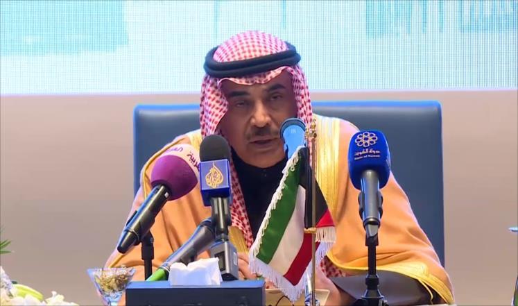 وزير الخارجية الكويتي يبحث في قطر الأزمة الخليجية