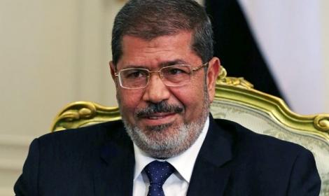 صحيفة تركية تزعم: جهود لترحيل مرسي لأنقرة بوساطة سعودية