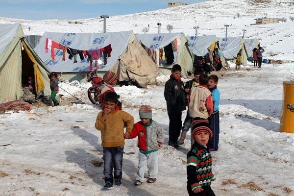 مفوضية اللاجئين: 1435 مخيما عشوائيا للنازحين السوريين في لبنان