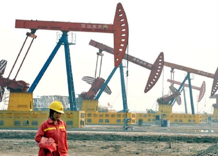 روسيا تتجاوز السعودية للمرة الرابعة في صدارة موردي النفط للصين
