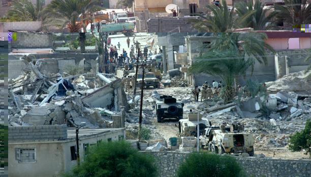 خبير عسكري مصري: الإمارات تمول المنطقة العازلة مع غزة