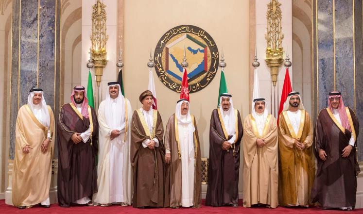 الزياني يصل الكويت تحضيرا للقمة الخليجية
