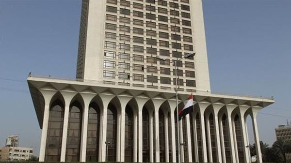 """مصر تؤكد دعمها السياسي والعسكري لعملية """"عاصفة الحزم"""" ضد جماعة الحوثي"""
