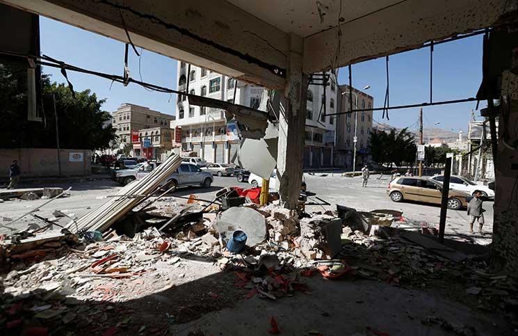 السعودية تقود برنامجًا لإعادة إعمار اليمن يبدأ مطلع 2018