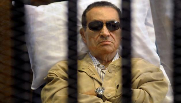 """النائب العام المصري يطعن في حكم تبرئة """"مبارك"""""""