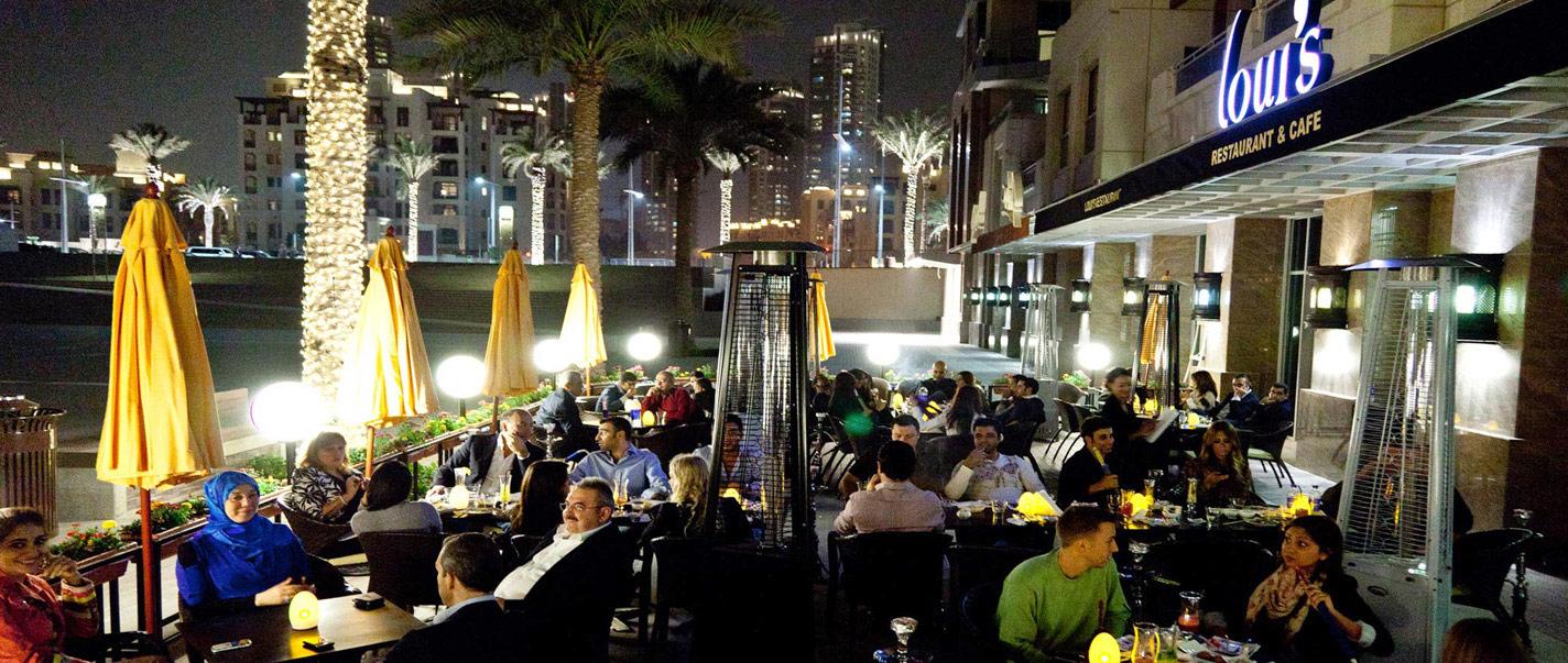 نصف منشآت التجزئة في الإمارات للمطاعم والمقاهي