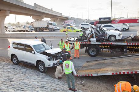 تصادم 8 سيارات يخلف 20 إصابة