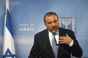 ليبرمان: المواجهة المقبلة مع غزة ستكون الصيف القادم
