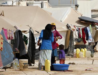 الإمارات تعلن عن تقديم 114 مليون درهم للاجئين السوريين
