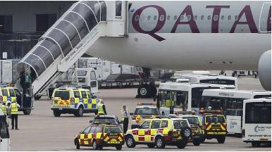 طائرة قطرية تتعرض لتهديد في أجواء بريطانيا