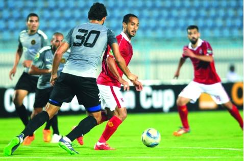 فرق الكرة العربية تغزو الملاعب الإفريقية