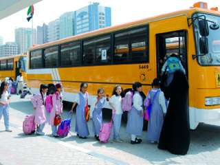 مواصلات الإمارات توفر 134 مشرفة لحافلات منتسبي مراكز تحفيظ القرآن
