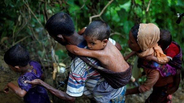 ميانمار تواجه ضغوطا بشأن النزوح الجماعي لمسلمي الروهينجا