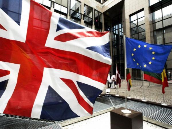 بريطانيا والاتحاد الأوروبي يتفقان على 63 مليار دولار فاتورة