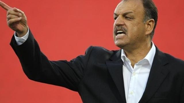 أسباب إقالة مدرب المنتخب البحريني عدنان حمد