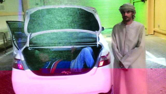 حبس 3 عمانيين بتهمة تهريب متسللين إلى الدولة