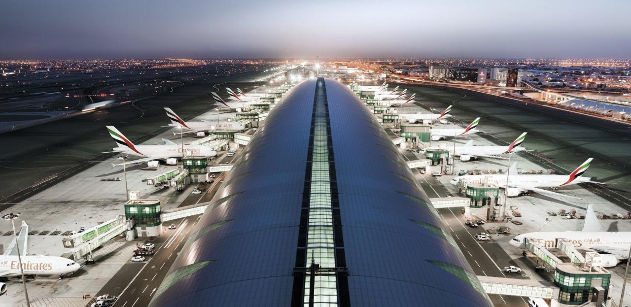 مطار  دبي  أحد أكثر ثلاث مطارات ازدحاماً حول العالم وأغلى وجهة سياحية