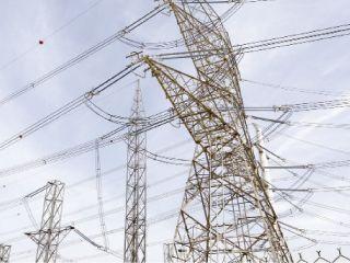إمارة أبوظبي تنتج 60% من الطاقة الكهربائية للدولة
