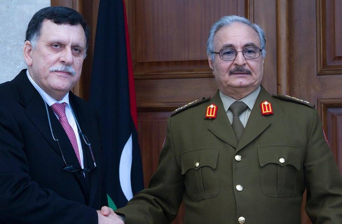 """فرنسا تشترط دعم """"الوفاق"""" الليبية بتسوية مع الانقلابي حفتر"""