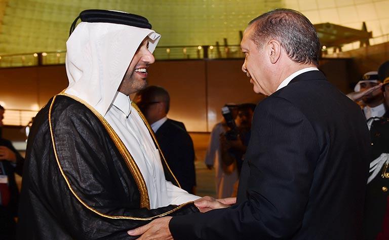 أردوغان يصل الدوحة في أول زيارة خارجية له منذ تولية رئاسة تركيا