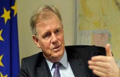 """سفير أوروبا في مصر: ندرس طلبا مصريا لإغلاق قنوات تليفزيونية """"إخوانية"""""""