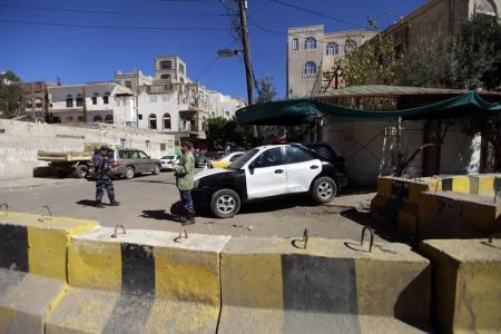 دول أجنبية تغلق سفاراتها في اليمن بسبب تدهور الوضع الأمني