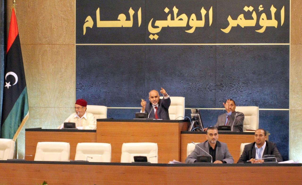 """حكومة طرابلس تتجه لرفض اتفاق مع حكومة طبرق كونه يمنح """"حفتر"""" حصانة"""