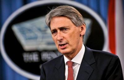 """""""هاموند"""": لندن ستوقف صادرات الأسلحة للرياض """"إذا خرقت القانون الإنساني"""""""