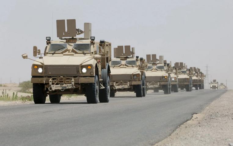 """""""واشنطن بوست"""": حشود التحالف العربي تشير إلى اقتراب معركة صنعاء"""